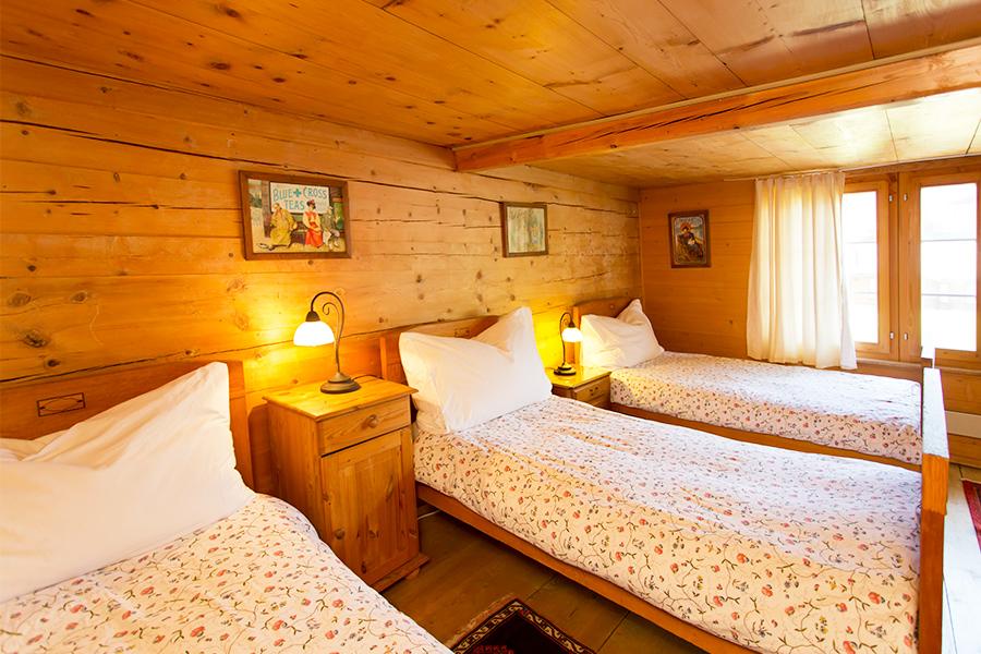 Hotel_Pensiongimmelwald_Zimmer_Copyright_Heidi_Broennimann_777